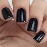 3 Free Black Nail Polish - Vegan