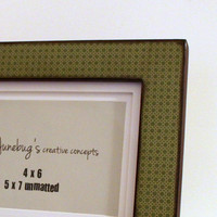 4x6 or 5x7 Photo Frame Green Wicker