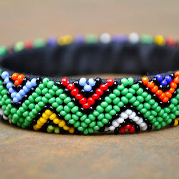 Green cuff bracelet,Zig-Zag cuff bangle,beaded bracelet,African bangle,tribal beaded jewellery,beaded bangle,geometric pattern bangle