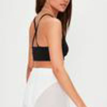 Missguided - Black Ribbed Cross Back Bralet
