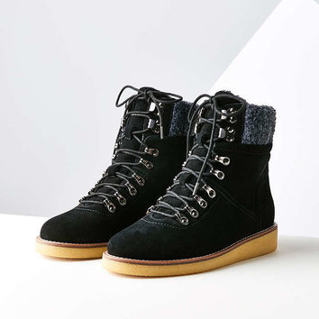 Justine Gum Sole Hiker Boot - Urban Outfitters