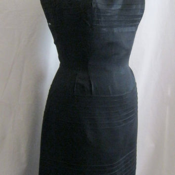 "Vintage 50s 60s LBD Sexy Cocktail Sheath Wiggle DRESS with Tucking Detail Bombshell BUST 37""  Medium"
