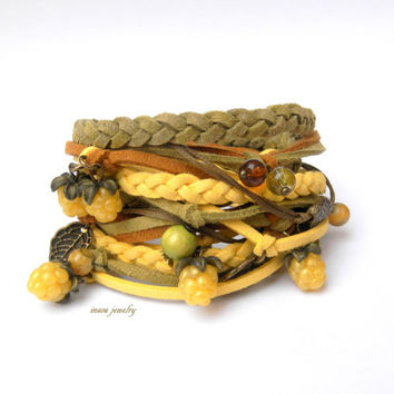 Yellow olive wrap bracelet - Boho bracelet - Spring jewelry - Berry jewelry