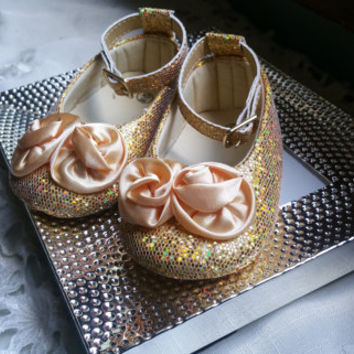 CLEARANCE SALE ,Gold Baby Shoes, Baby Shoes,Gold Baby Shoes,Christening baby shoes, baby girl crib shoes, Wedding, Ready to ship