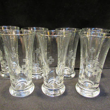 7 Vintage Etched Tall Shot Glasses, Hand Etched Vintage Barware, Shot Glasses  (1576)