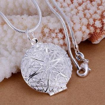 Fashion 925 sterling Silver Charms Pendant Beautiful women Necklace