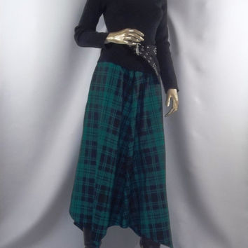 Wool,green, black, plaid,skirt, Lagenlook, lagenlook,shabby chic,cottage chic,fall, winter, Sizes XS-XXL. Free shipping in the USA