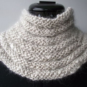 Alpaca Cowl, White Alpaca Neck Warmer, Artisan Handspun Knitted Scarf, Natural White Alpaca Buff