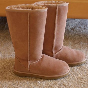 NEW UGG Classic Tall Mushroom Suede Sheepskin Boots US 6 Womens