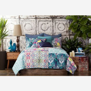 Tracy Porter® For Poetic Wanderlust® 'Florabella' Quilt