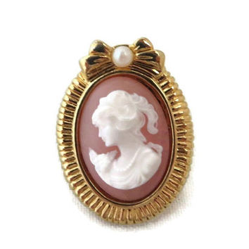 Cameo Lapel Pin, Vintage Tie Tac, Hat Pin, Gold Tone Faux Pearl Pin