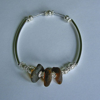 Sea glass jewelry. Brown sea glass bracelet.
