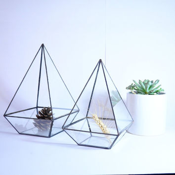 Geometric Terrarium / Pyramid Stained Glass / Glass Terrarium / Decoration / Indoor Planting / Airplant Terrarium / Planter / Glass Box