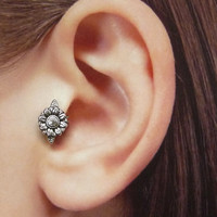 Silver Flower Ear Cuff, Nose cuff, Tragus cuff, star ear cuff, Silver ear cuff,  Non Pierced Nose Ring, Cartilage, Fake piercing