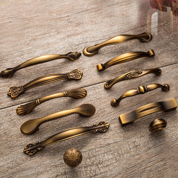 Yellow Bronze Small Handle Pulls Antique Classic Vintage Furniture Cabinet Door Wardrobe Drawers Knobs Kitchen Bookcase Knob