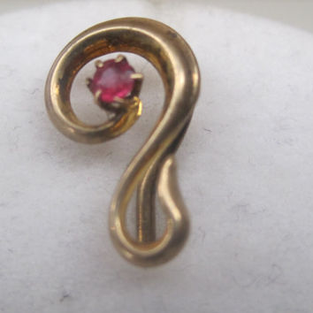 BLACK FRIDAY 25% Off Discount-Code BUYME25 Vintage Jewelry Hat Pin Stick Pin Lapel Pin 1920's Art Deco Ruby Center