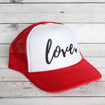 Love - Valentine's Day // Trucker Hat