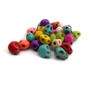 25 Multi Color Howlite Skull Bead, Day of The Dead, Sugar Skulls, Gothic, Turquoise 9 mm B56