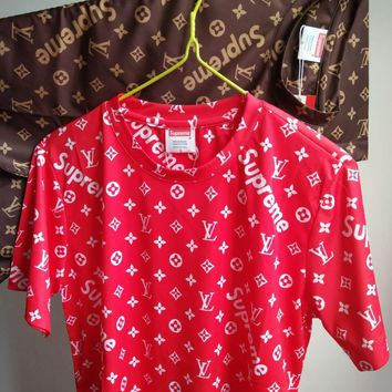 LV SUPREME Print Monogram SHIRT TOP TEE RED B-GQHY-DLSX