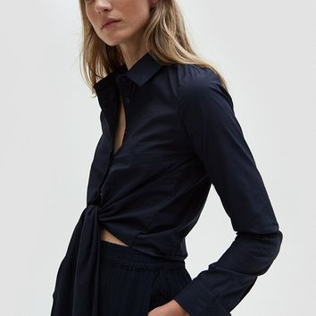 Stelen / Tie Front Top in Navy