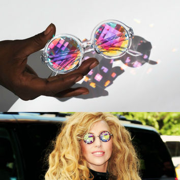 KALEIDOSCOPIC VISION Pixelated Lens Clear Frame Sunglasses