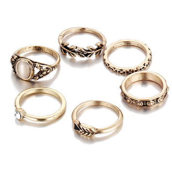 Bohemia Jewelry 7 PCS/Set Retro Gold Color Crystal Rings Set For Women Black Resin Vintage Knuckle Ring For Women Anel Feminino