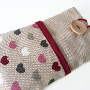 Fabric iPhone 6 Case / iPhone 5S Sleeve / iPhone 6 Plus Case / iPhone 4S / iPod Touch 5g pouch /  cell phone pouch - Linen hearts pockets