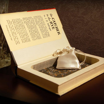 Hollow Book Safe (Vintage 1951 The Catcher in the Rye)