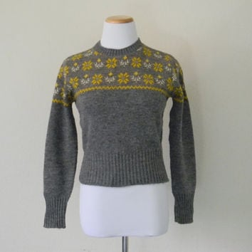 FREE usa SHIPPING Vintage ladies knit sweater Sears sweater preppy hipster gray sweater mustard yellow acrylic jrs sweater size m