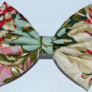 Multicolor Vintage-Look Floral Hair Bow