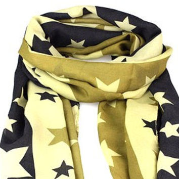 Green star and stripe print scarf