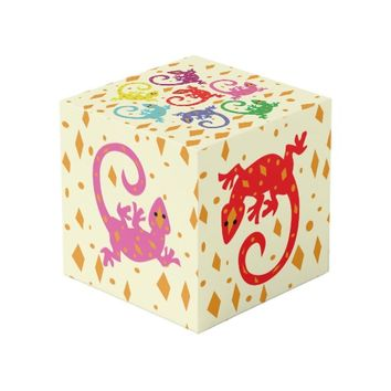 Colorful Lizards Cube