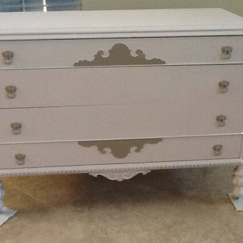 Antique Victorian Dresser / Chest