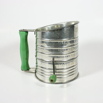 Vintage Bromwell's Measuring Sifter 5 Cup