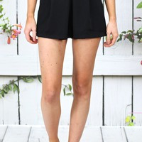 Pleated Shorts with Pockets {Black}