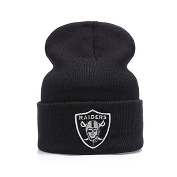OAKLAND RAIDERS Beanie Fashion Winter Warm Casual Knitted Mens & Womens Black Cuffed Skully Hat