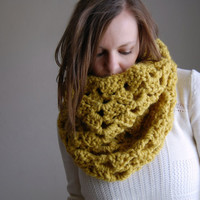 chunky lace cowl scarf / the skowhegan / citron
