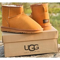 """UGG"" Winter Classic Fashion Women Wool Snow Boots Calfskin Shoes"