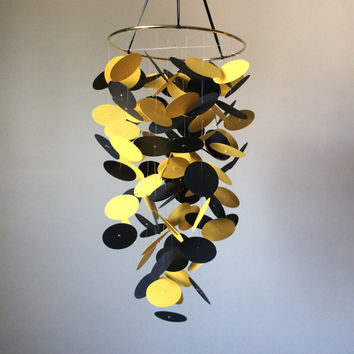 Nursery mobile, Crib mobile, Floating circles paper mobile. yellow and black floating circles, Modern crib mobile, custom mobile