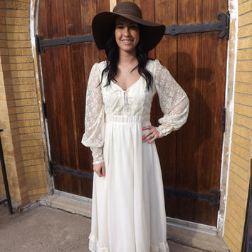 Ivory Lace Prairie Hippie Wedding Bridal Dress Vintage 70s Gunne Sax Style S M