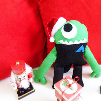 Alien Cyclops (Plush Alien, medium sized, felt plushie)