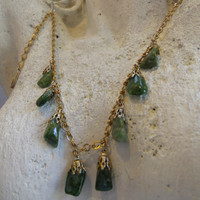 Vintage Jade Stone Gold Tone Dangle Necklace