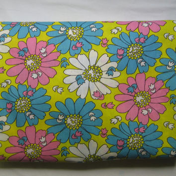 Vintage Bedding 51 x 74 Inch Fitted Sheet Groovy Flowers Pink Blue Flower Power MOD Pure Cotton Kids Bedding Clean UNUSED