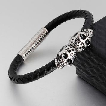 Fashion Black Leather Bracelet for Men Jewelry Punk Skull Stainless Steel Beads Bangle Magnetic Buckle Gold Black Silver