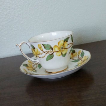 Vintage Roslyn China Nu Era Periwinkle tea cup and saucer, yellow flowers, English tea set, teacup