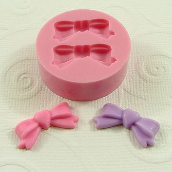 Adorable Bows Flexible Mini Mold/Mould (21mm) for Crafts, Jewelry, Scrapbooking (resin, pmc, polymer clay) (171)