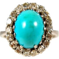 Stamped solid white gold and superb large Persian turquoise ring, 18 natural diamonds, 1900s fine gold ring