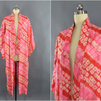 Vintage 1950s Silk Kimono Robe / Silk Robe / 50s Wedding Dressing Gown / 1950 Lingerie / Downton Art Deco Juban / Pink Orange Shibori Dyed