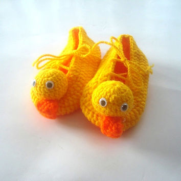 yellow duck Baby Booties, baby slippers, crochet baby shoes, crochet baby booties 0 - 12 month baby, baby animal shoes, baby socks