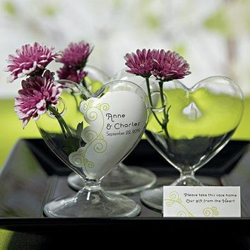 Small Clear Heart Shaped Vase (Pack of 4)